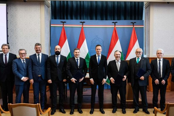 magyar-export-partner-24F682ACE-DEFE-1170-B910-01E34397CF26.jpg